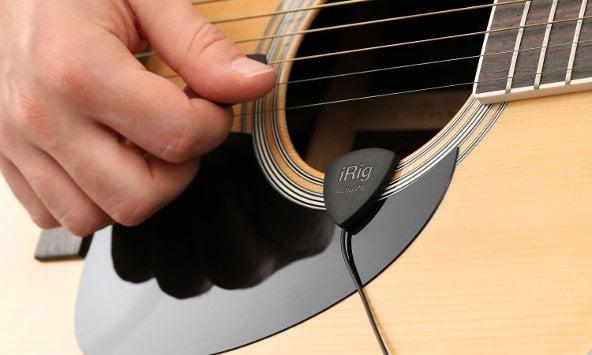 iRig Acoustic Guitar Miking
