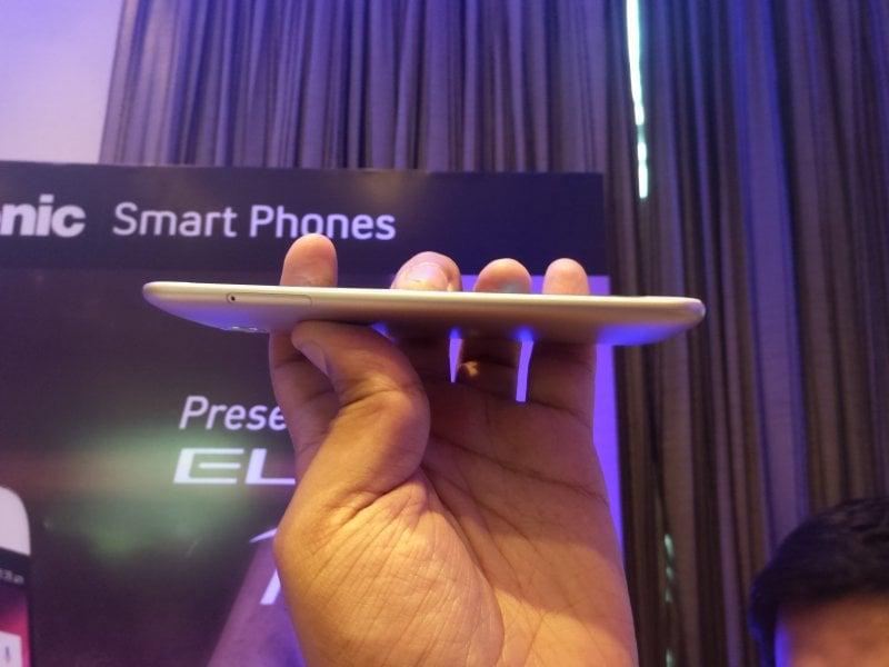 Panasonic ELUGA Arc SIM Tray