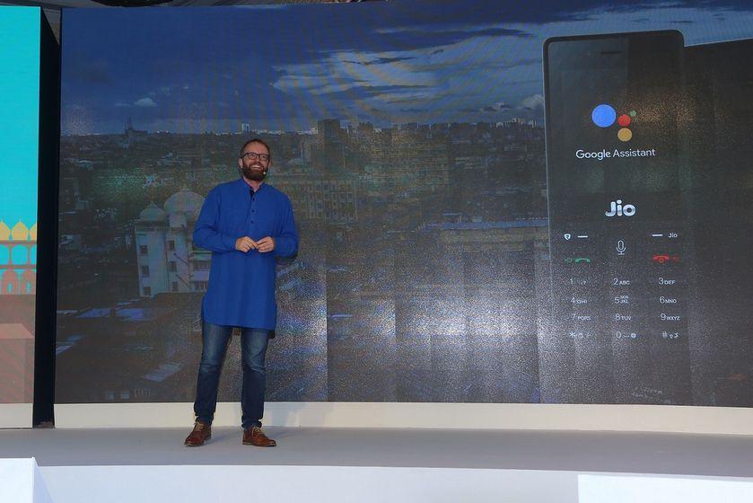 Gummi Hafsteinsson announcing Google Assistant for Jio Phone