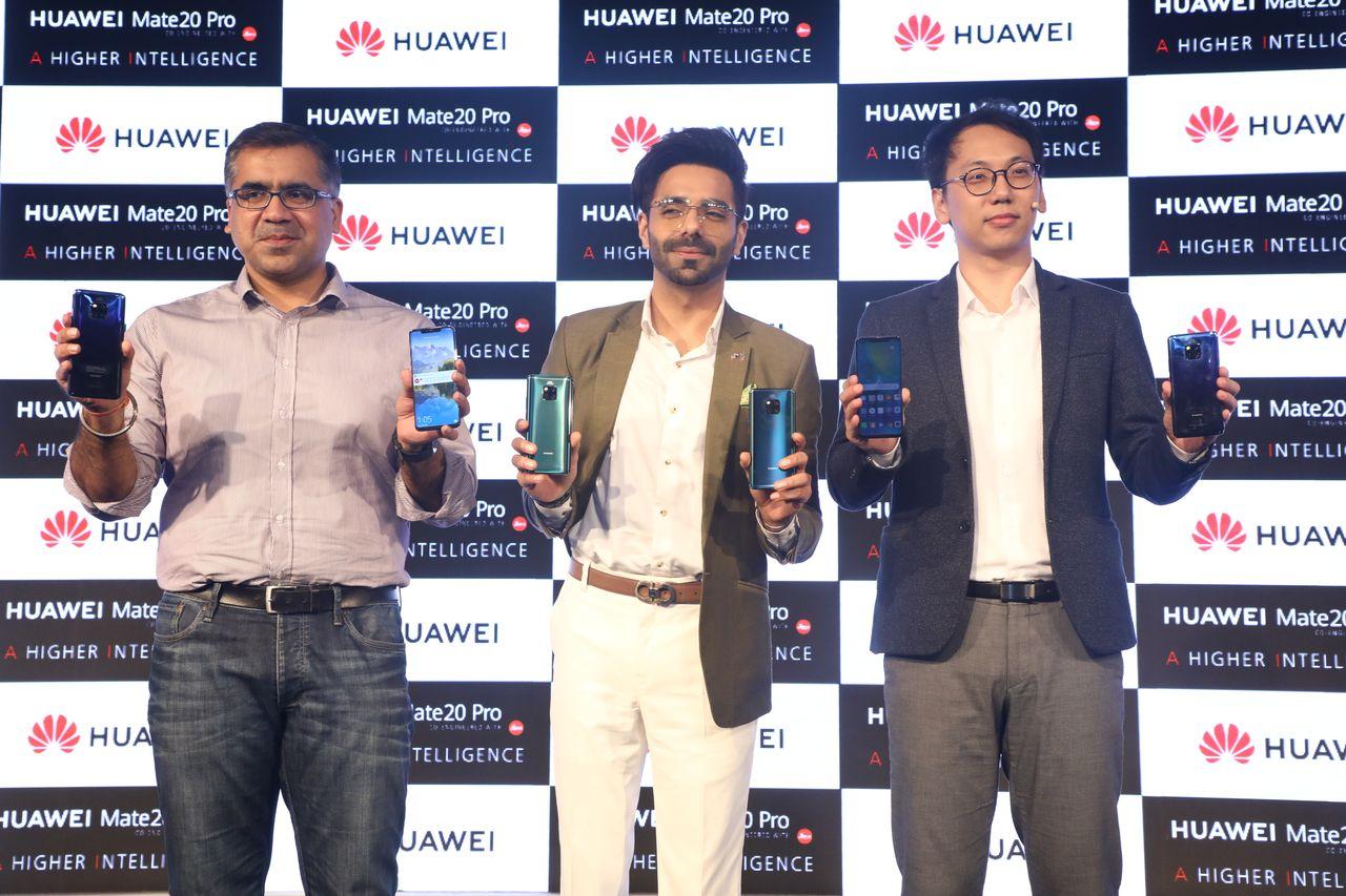 From Left Paras Chopra, Apar Shakti and Wally Yang at Huawei Mate 20 Pro launch